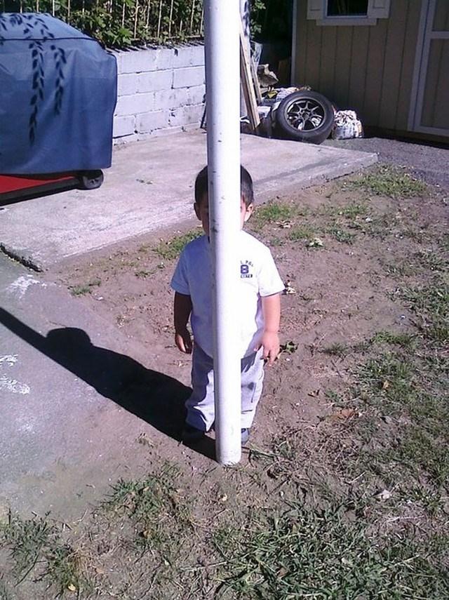 crianças-esconde-esconde4