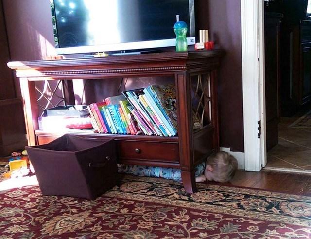 crianças-esconde-esconde9